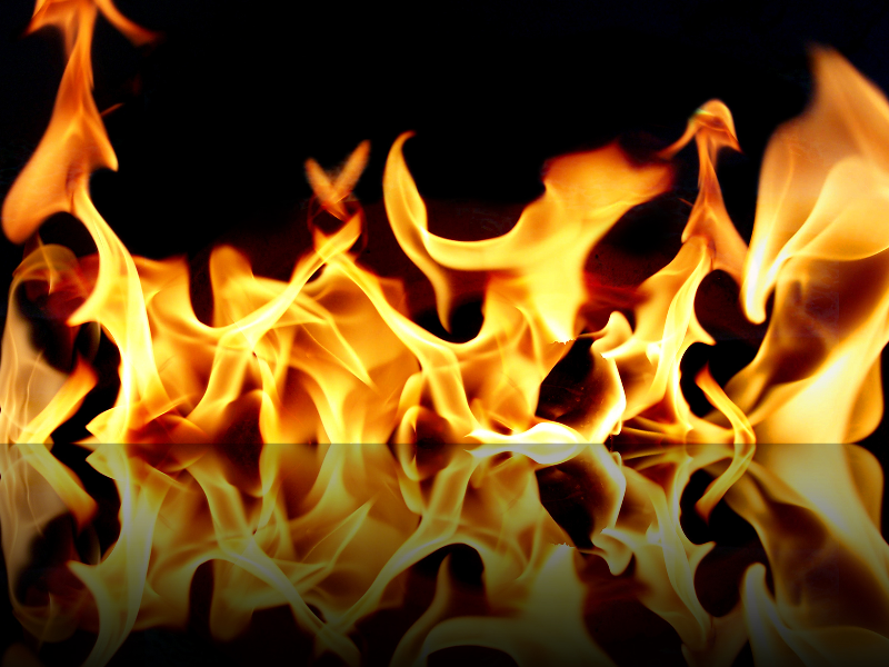آتش سوزی کارگاه رنگرزی چوب و مجسمه