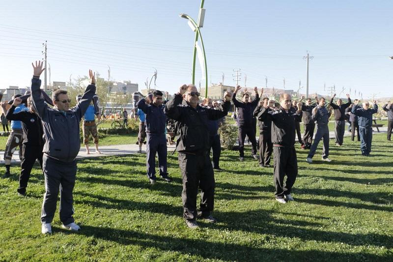 باید ورزش در بین کارمندان همگانی و عامه پسند شود