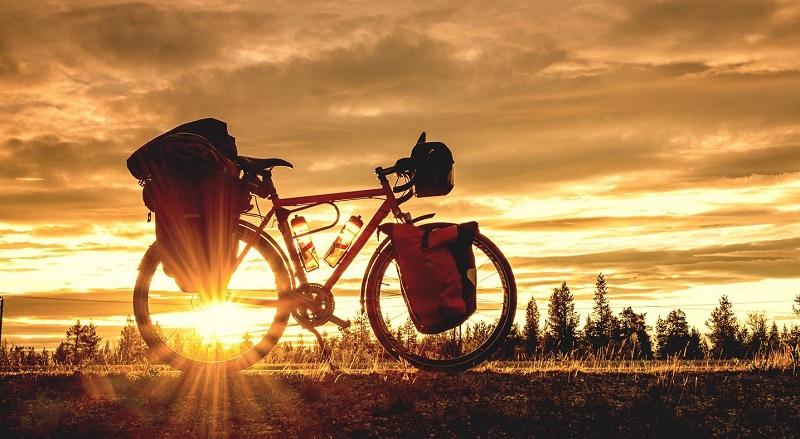 اگر اهل سفر با دوچرخه هستید، بخوانید