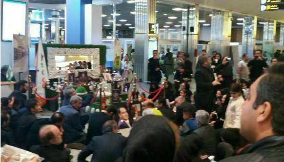تحویل سال خانواده جانباختگان حادثه هوایی یاسوج در فرودگاه + عکس