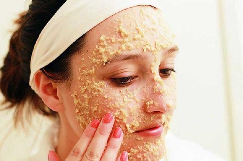 با شیوه های خانگی پوست صورت را لایه برداری کنید