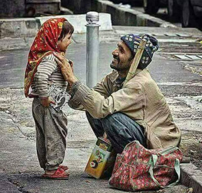 وقف  با طعم شادی کودکان بیبضاعت در شب عید