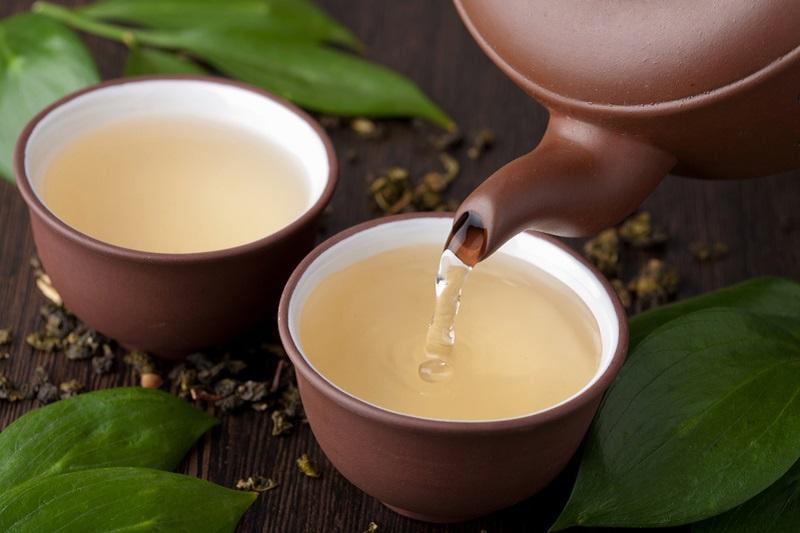 چه کسانی اصلا چای سبز نخورند