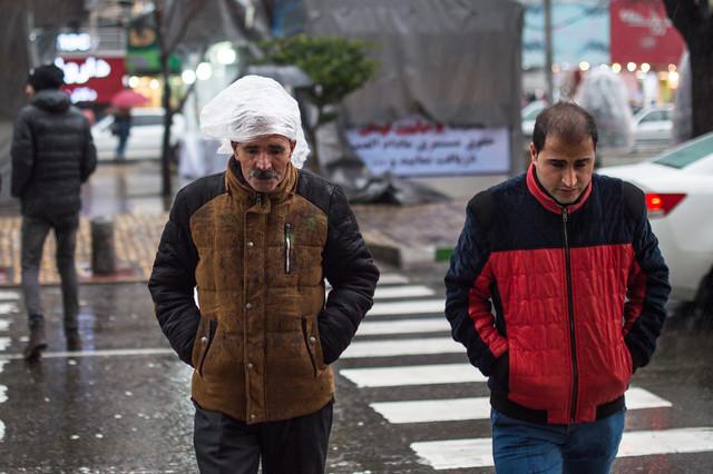 بارش باران در تهران/ احتمال سیلابی شدن مسیلها در برخی مناطق کشور