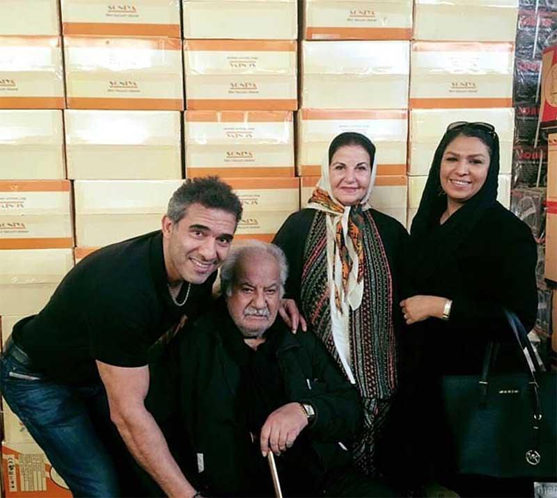احمدرضا عابدزاده و همسرش در کنار بازیگرقبل از انقلاب! + عکس