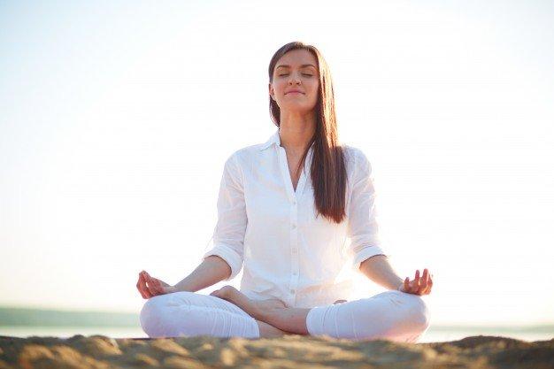 فایده یوگا برای مبتلایان به سرطان سینه