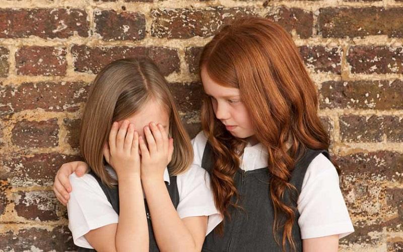 چگونه در سختی ها دوستمان را همراهی کنیم؟