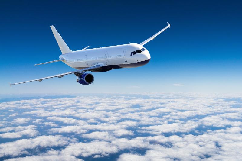 چند روش ساده برای پیشگیری از گرفتگی گوش در مسافرت هوایی