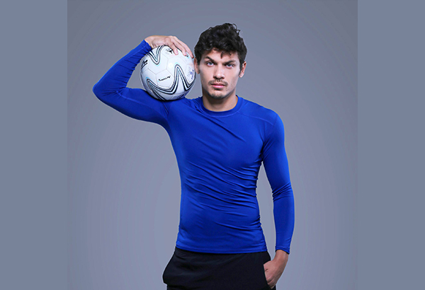 بازیکن بسیار محبوب و خوشتیپ  ایرانی الاصل تیم ملی فوتبال فلیپین کیست؟+عکس