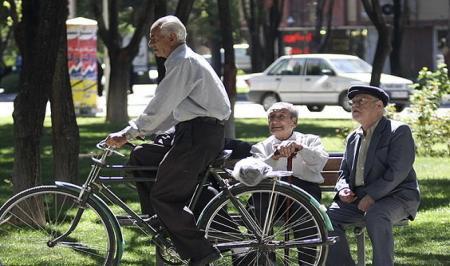 چرا صندوقهای بازنشستگی مهم و حساس هستند؟