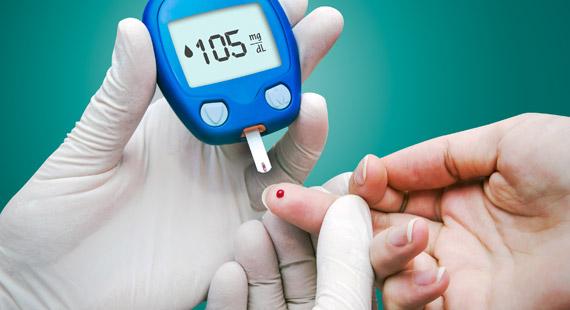 چه زمانی تست قند خون بگیریم؟
