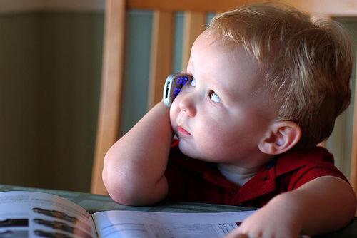 ویدئو/فضای مجازی بدون نظارت والدین با کودکان چه می کند؟
