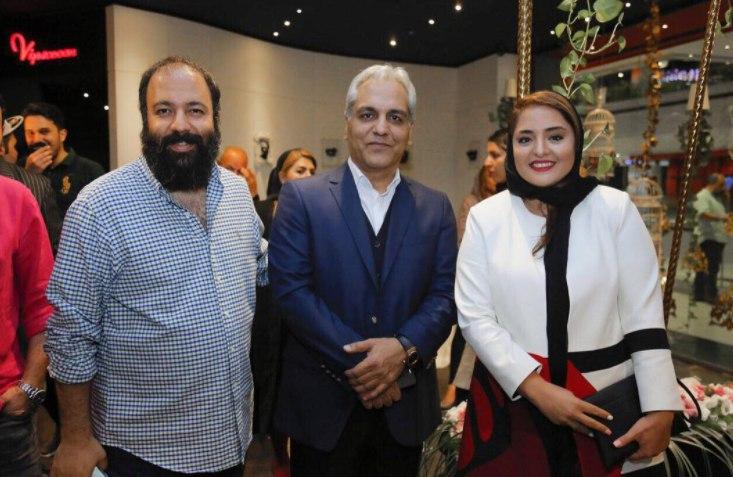 نرگس محمدی و علی اوجی در کنار مهران مدیری + عکس