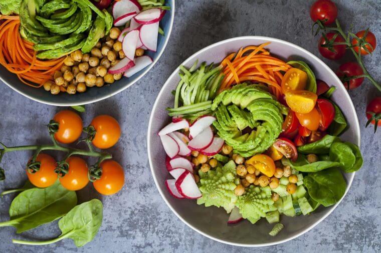 این نشانهها میگویند به اندازه کافی سبزیجات مصرف نمیکنید