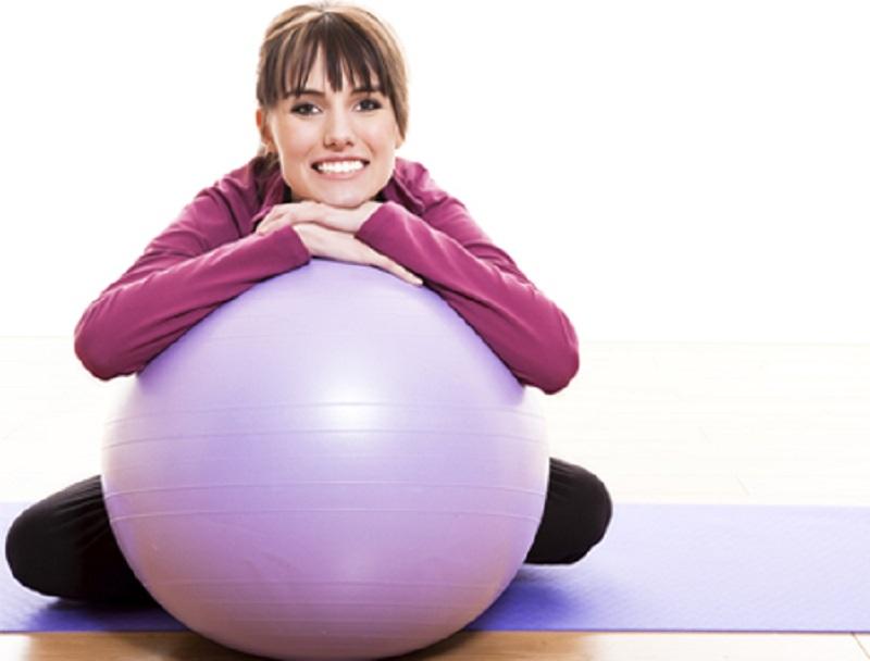 کوچک کردن شکم با 3 حرکت آسان با توپ های بدنسازی