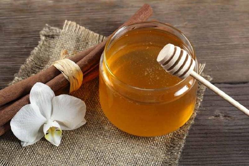 چگونه عسل شکرک زده را به حالت اول برگردانیم