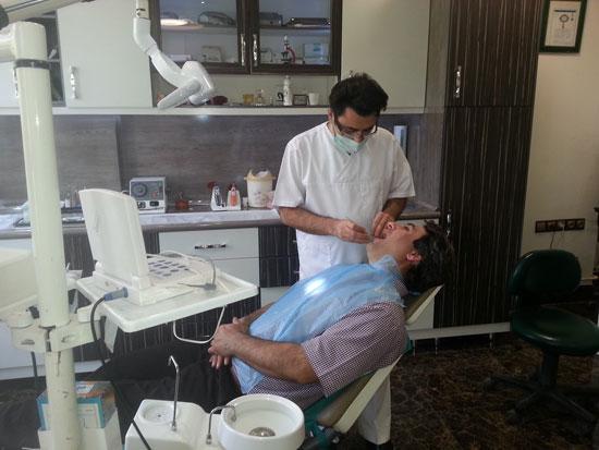 افراد بالای 40 سال در کشور حدود 12 دندان پوسیده دارند