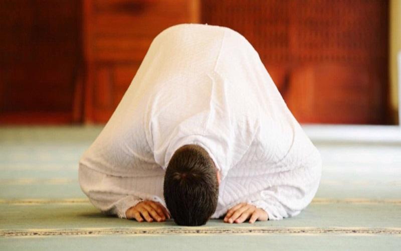 اثر نماز بر توانایی تأثیرگذاری مثبت بر محیط