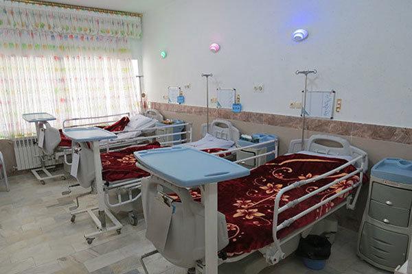 100 هزار تخت بیمارستانی کم داریم