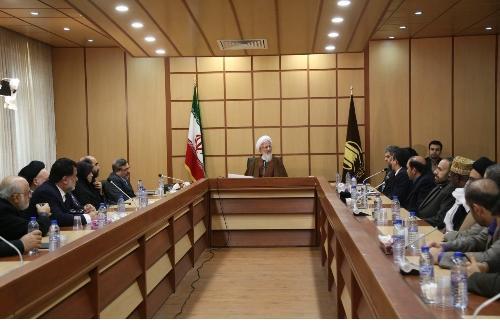 مشاور وزیر بهداشت با آیتاالله جوادی آملی دیدار کرد