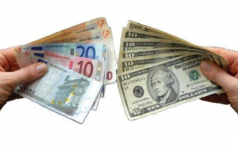 بی تفاوتی  دولت صرافها به قیمت دلار