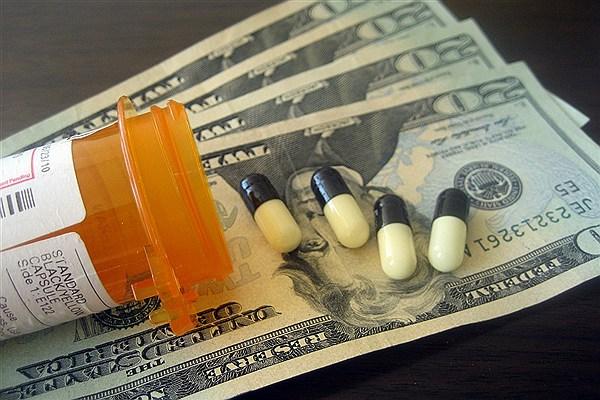 آیا داروهای داخلی و خارجی با افزایش نرخ ارز گران می شوند؟