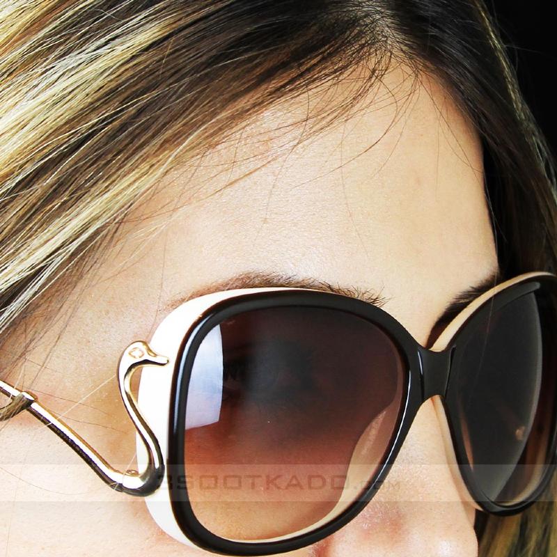 برای خرید عینک آفتابی به نمره چشم خود توجه کنید