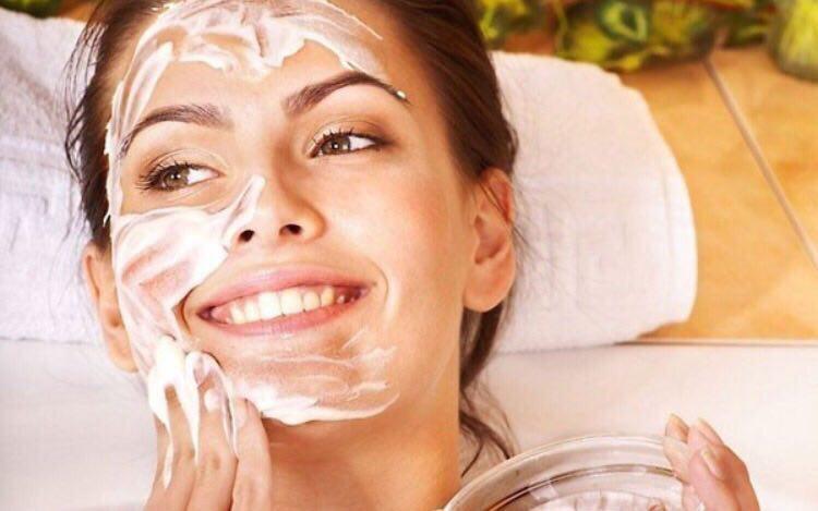 پاکسازی پوست با روش خانگی
