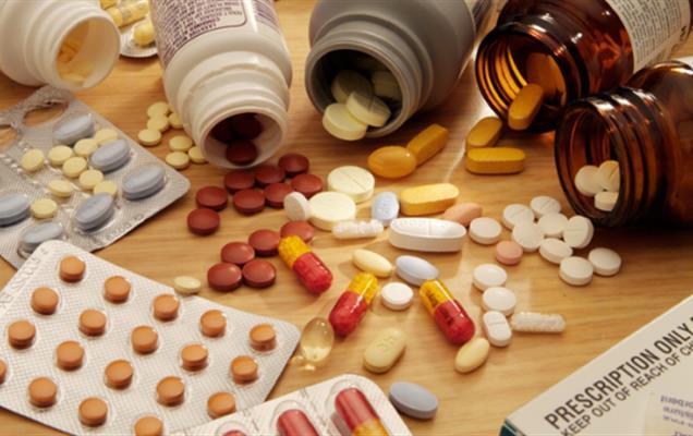 4 درصد داروهای خاص از کشورهای دیگر تهیه می شود