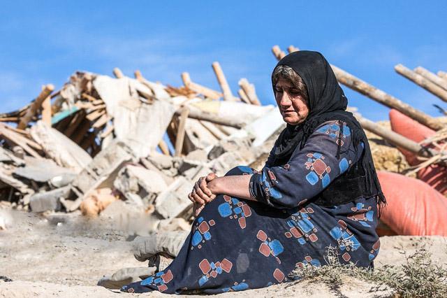 غربالگری 73 هزار نفر در مناطق زلزله زده کرمانشاه