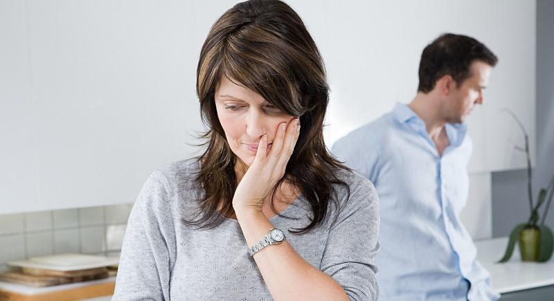 نشانه هایی که می گویند با یک همسر دروغگو طرفید
