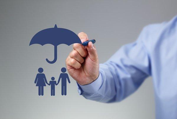 برگزاری آزمون وسع به معنای دریافت بیمه رایگان نیست