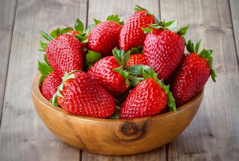 هشدار؛ این میوه بیش از بقیه میوهها آلوده به آفتکُش است