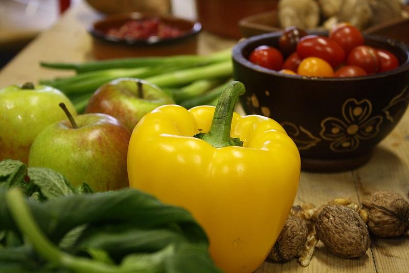 خاصیت آنتی اکسیدانی 5 میوه، شما را از چاقی و اضافه وزن دور می کند