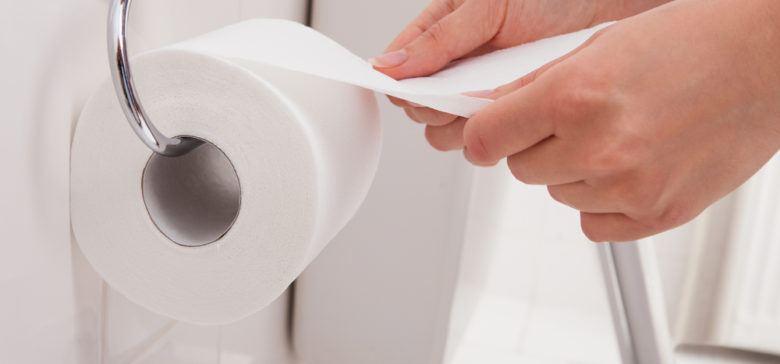 خطرات دستمال کاغذی برای خانم ها