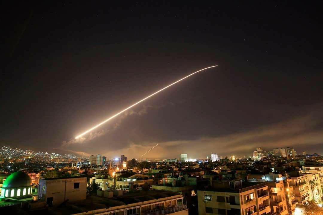 تصویری  از آتش ضد هوایی سوریه برای رهگیری موشکهای کروز