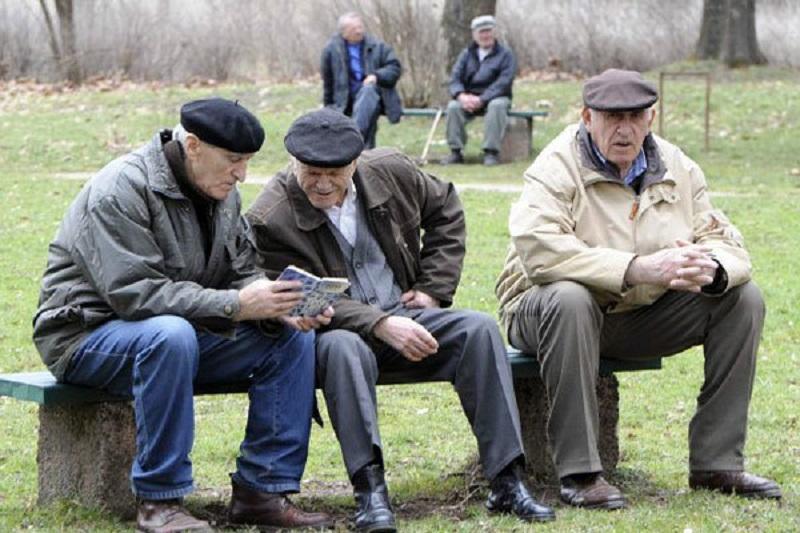 هزینه های درمانی با پیر شدن جمعیت افزایش می یابد