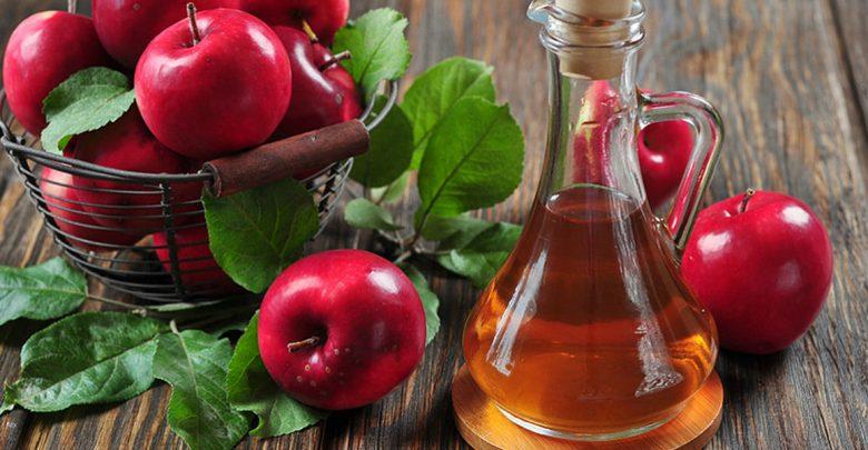 چرا نباید سرکه سیب را خالی بخوریم؟