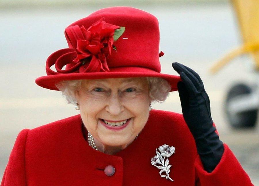 ادعای عجیب تایمز: ملکه الیزابت شاید از نوادگان پیامبر اکرم(ص) باشد + عکس