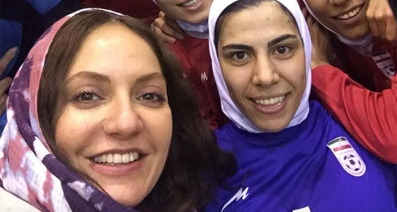 واکنش تند مهناز افشار به لغو حضور زنان در بازی فوتسال بانوان + عکس