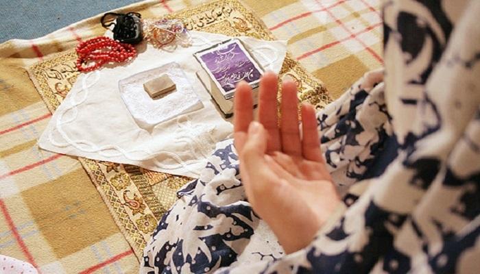 اتفاق عجیبی که هنگام دعا کردن در مغز شما می افتد