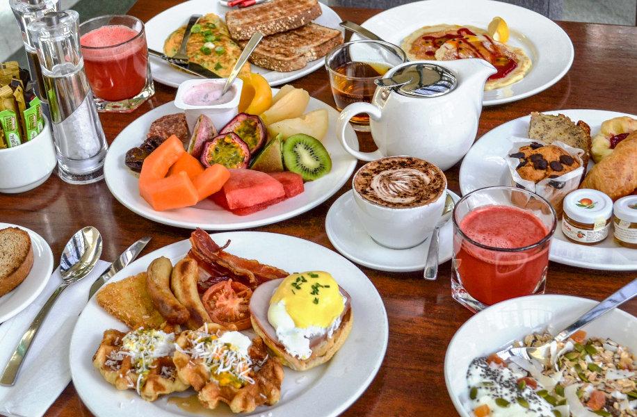 بدترین گزینههایی که برای صبحانه نباید بخورید اینفوگرافیک