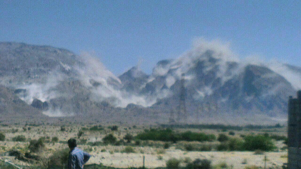 ریزش کوه نمک بر اثر زلزله در بوشهر + عکس