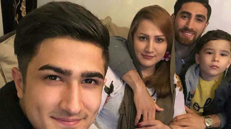 علیرضا جهانبخش به همراه خواهر و برادرش + عکس