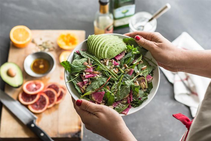 9 گزینه سالم غذایی برای تمام زنان