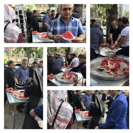 توزیع هندوانه نذری در میدان حسن آباد تهران + عکس