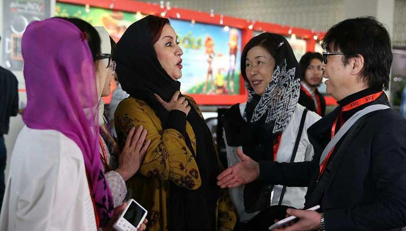 دست ندادن مریلا زارعی با مرد چینی! + عکس