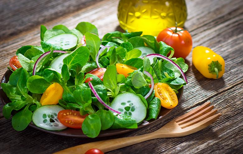 کاهش سطح اسید اوریک خون با 9 پیشنهاد تغذیهای