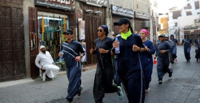 پوشش جالب زنان ورزشکار در عربستان! + عکس