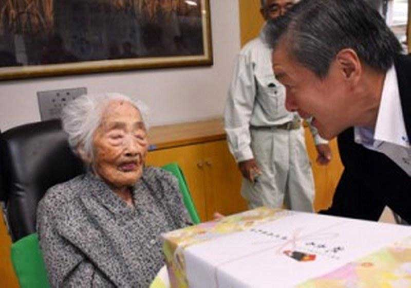 پیرترین فرد جهان در ژاپن درگذشت + عکس